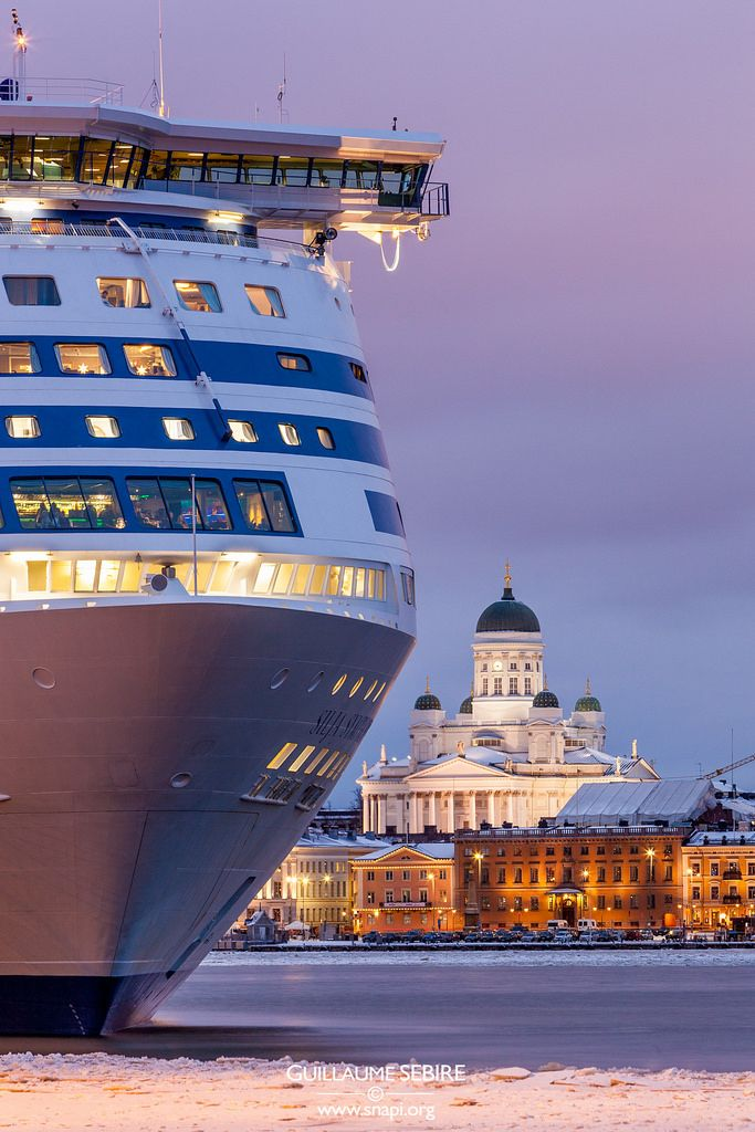 Helsinki harbour, a big cruiser waiting to depart either to Stockholm or to Tallinn. Done that. Both routes.