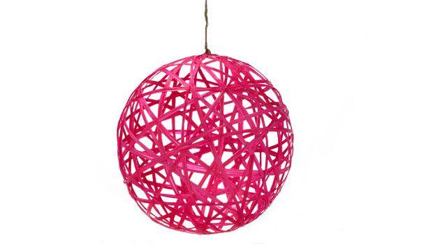 Raffia tree ornaments: Trees Ornaments, Ball Ornaments, Raffia Ornaments, Kids Crafts, Crafts Blog, Balloon, Christmas Ornaments, Raffia Trees, Crafts Ornaments