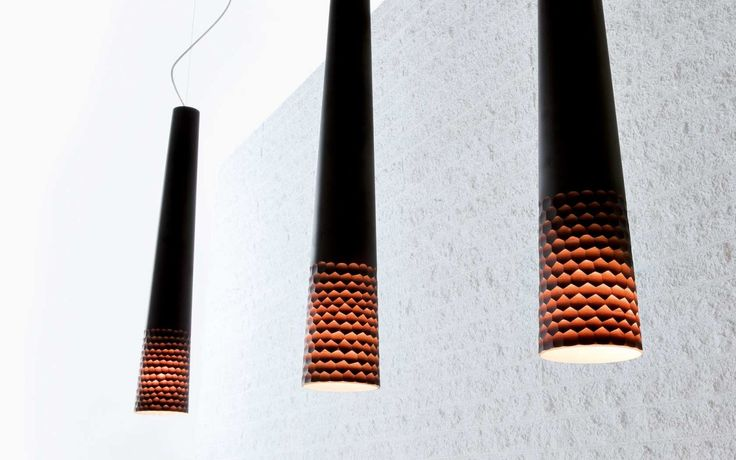 This set of lamps has a special beautifull effect if it gets assembled in a small group combinated in size and colour. #Alias by Murano Luce