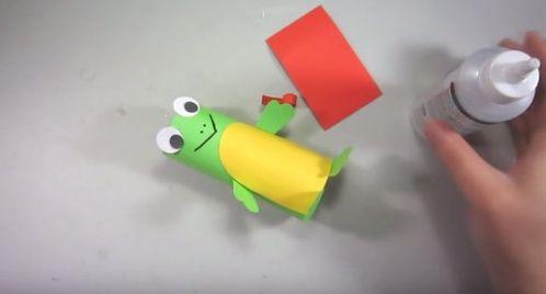 Te enseñamos a hacer una rana reciclable