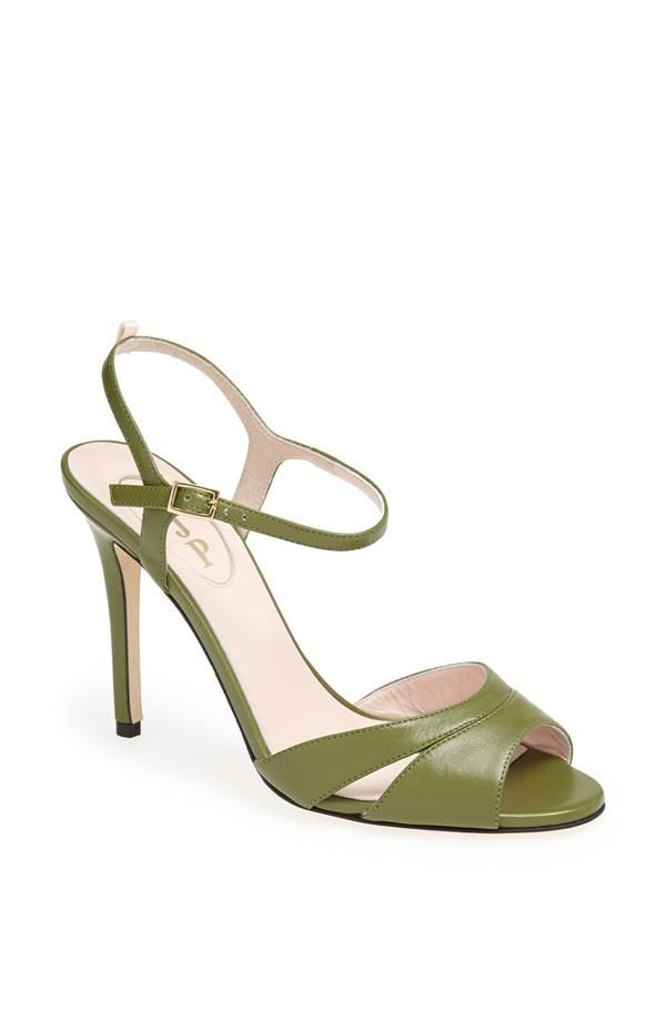 """""""The Anna in asparagus is such an elegant shoe, especially in this color. Perfectly suited for an afternoon of exploration, whether it's a trip to the museum or lunch with girlfriends."""" – SJP 