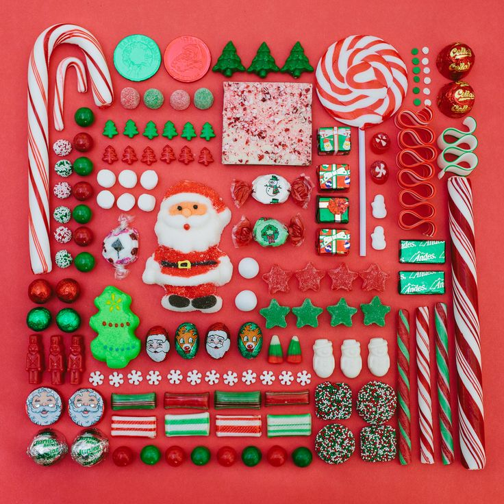 Christmas candy knolling.