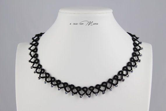 Collana nera pizzo chiacchierino, black lace necklace tatting, frivolite bijoux, tatting necklace, regali per lei, handmade, made in Italy