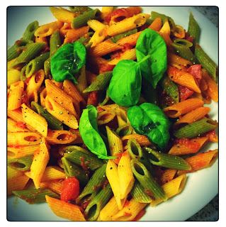 MichelaIsMyName: A Very Easy Vegan Pasta... Here's what you need!