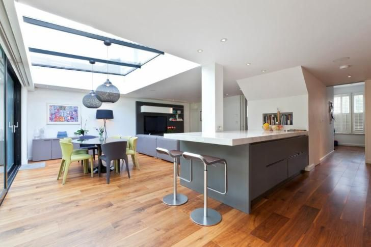 Family Home in Muswell Hill by Clifton Interiors Ltd with Moooi Non random