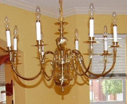 how to tuesday spray painting a metal chandelier dallas renovation. Black Bedroom Furniture Sets. Home Design Ideas