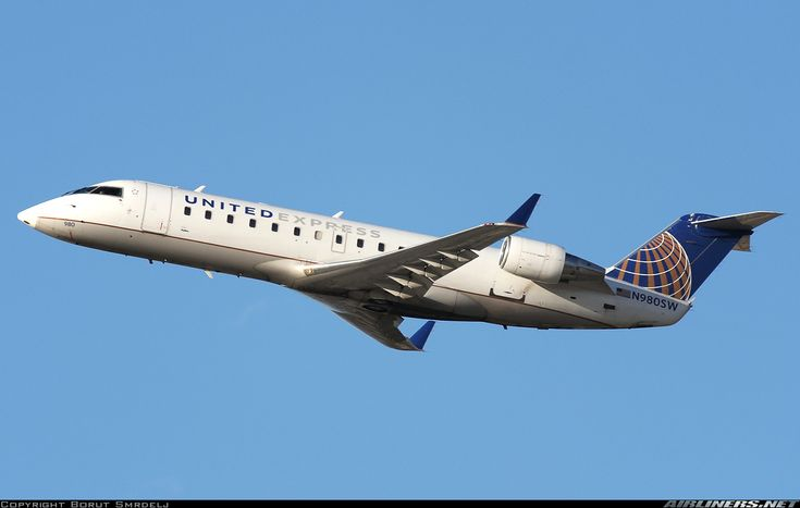Bombardier CRJ-200LR (CL-600-2B19) - United Express (SkyWest Airlines) | Aviation Photo #4859965 | Airliners.net