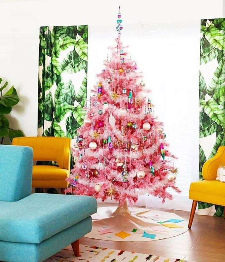 pinterest | shelby_taylor11 | vintage pink christmas tree