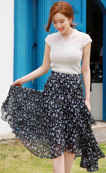 StyleOnme_Asymmetrical Hem Floral Print Chiffon Skirt #floral #ruffle #chiffon #skirt #feminine #koreanfashion #kstyle #kfashion #dailylook #seoul