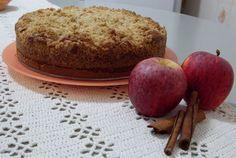 Aprenda a preparar a receita de Bolo cuca de maçã