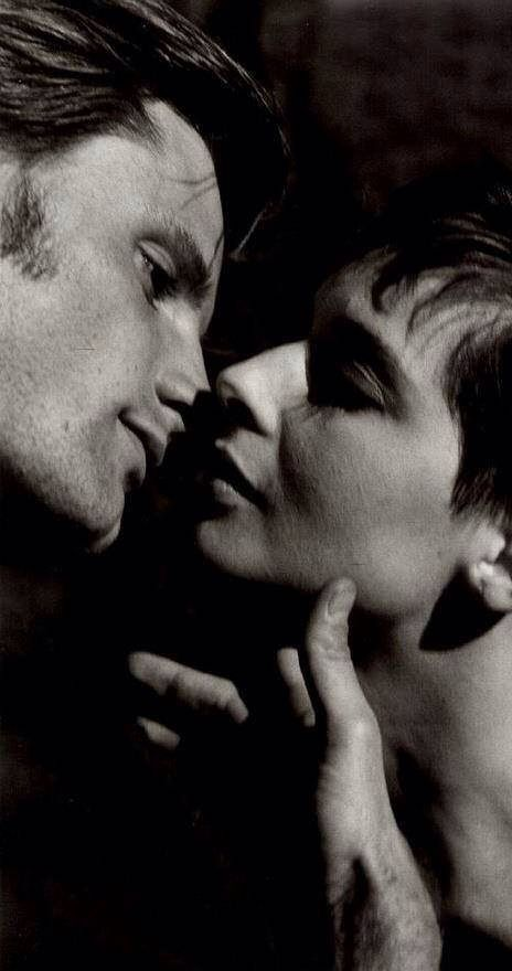 Isabella Rosellini and Viggo Mortensen / Actors / Black and White Photography