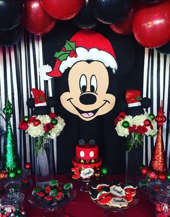 776 best images about mickey mouse party ideas on for Decoration noel mickey