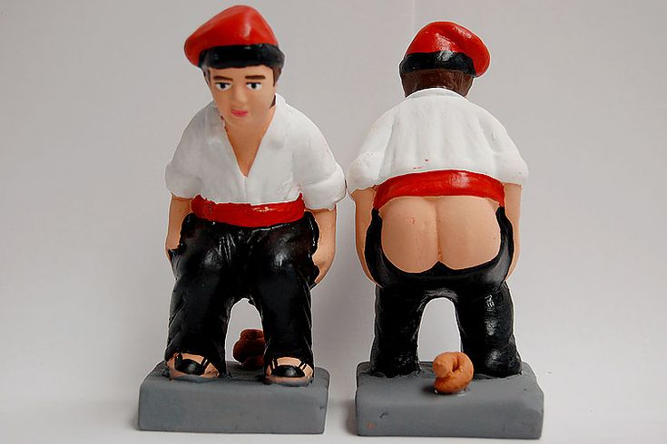 Caganer is another kind of souvenir from #Barcelona. You can find this fun sculpture made with ceramic inspiring different and hundreds of public people and famous. www.albertalagrup.com