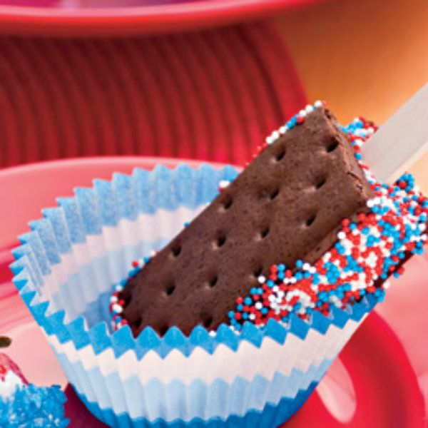 These would be easy, and my family loves them! 4th of July ice cream sandwiches!