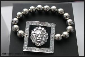 Square Lion Head Shield
