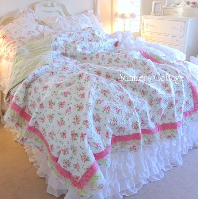 Beach House Linens for Shabby Chic Romantic Cottage Homes, Rag Layered Edge Quilt Set