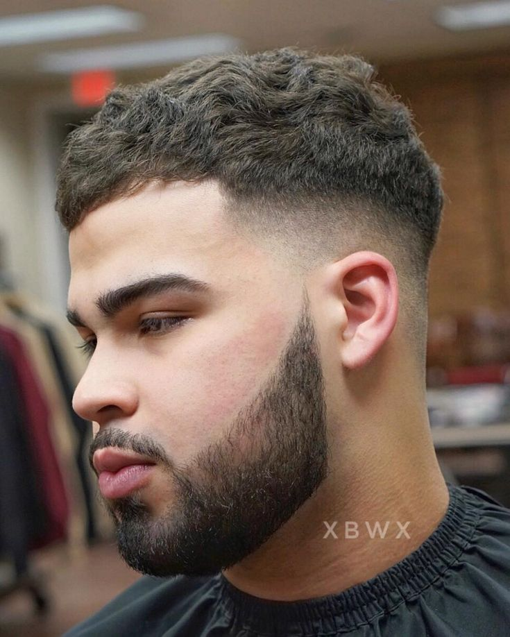 Textured crop haircut with mid fade #menshaircuts #fadehaircuts #fade #midfade #mediumfade #crophaircut #texturedcrop #menshair2018