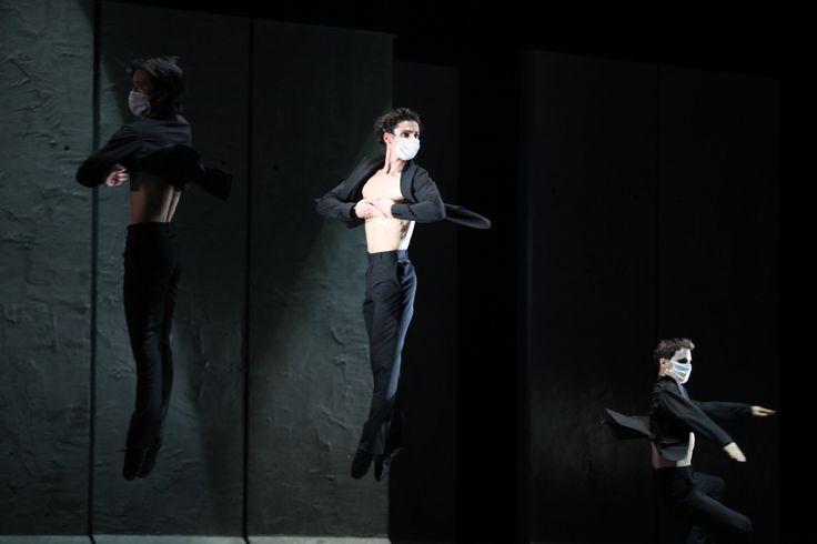 """Scenă din/Scene from """"Radio and Juliet"""" – Takashi Okita, Bogdan Cănilă & Valentin Stoica"""