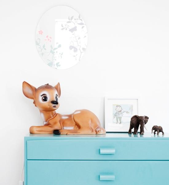 kids deco kids room deer http://dosfamily.com/2011/08/