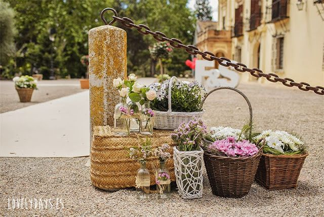 decorando con cestas y flores love it foto lovely days decoracin pinterest wedding planner book wedding and green weddings