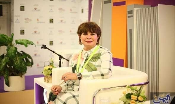 نجوى إبراهيم ت بي ن لجمهورها معنى تصريحها عن Lab Coat Fashion Coat