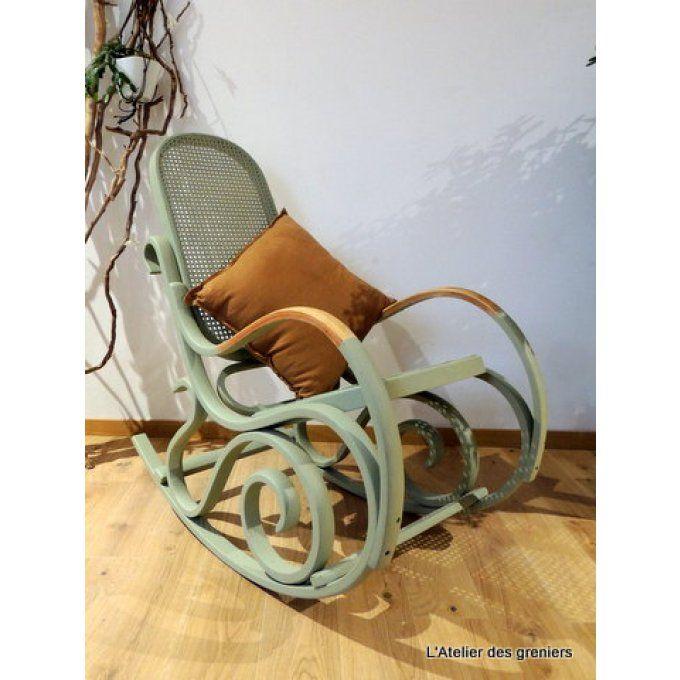 Roking chair vintage revisité par  www.latelierdesgreniers.com
