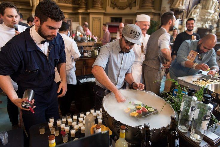 Het Nationaal Jeneverfestival is een jaarlijks terugkerend evenement waar distillateurs van jenever en gin hun producten tonen. Het evenement wordt georganiseerd in de internationale hoofdstad van de Jenever Schiedam.