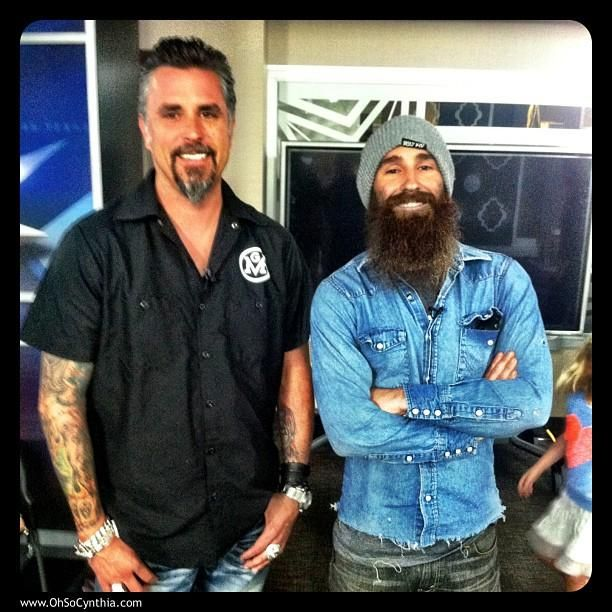 @jaymelynn85 for some reason I have a weird obsession with the guy with the long beard from the tv show fast n loud!