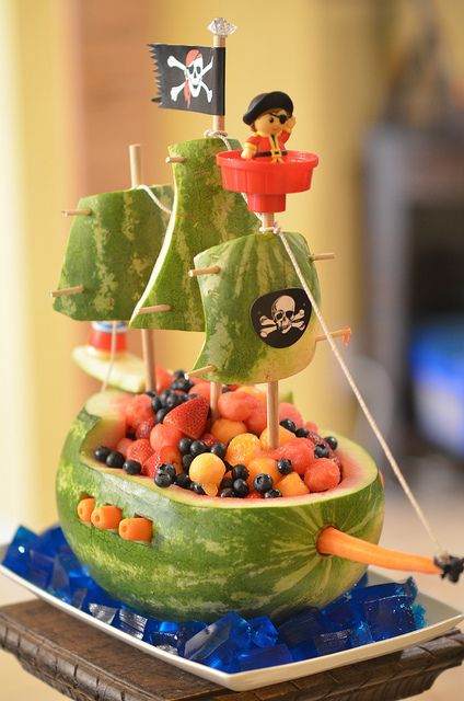 Watermelon Pirate Ship...I would never take the time to do this, but it sure is cute.