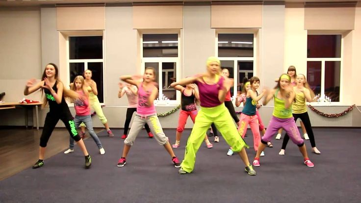 """ZUMBA FITNESS WITH MY LOVELY KIDS """"DJ DALE PLAY"""""""