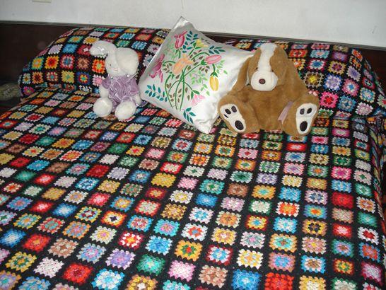 Colchas tejidas al crochet.