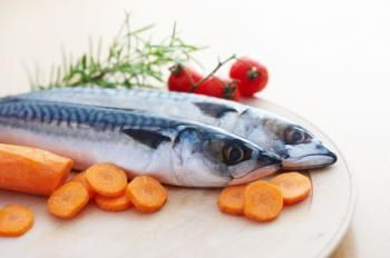 Low dietary intake of seafood linked to cognitive decline