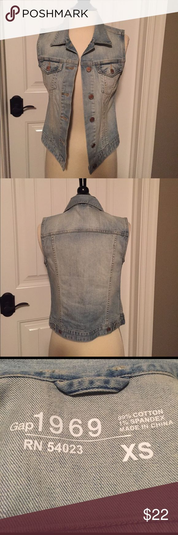 Gap sleeveless jean jacket Light was Gap sleeveless denim jacket. Perfect condition. No trades GAP Jackets & Coats Vests