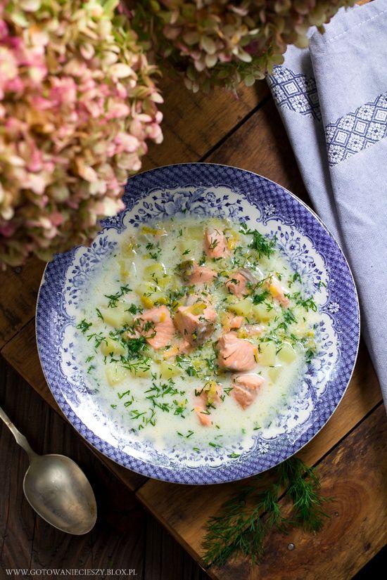 Zupa porowo-łososiowa