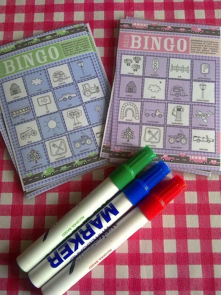 Voor op de achterbank: reisbingo-kaarten, geplastificeerd! Leuk voor de heen- en terugreis dus. Slim!  www.homemadehappi...