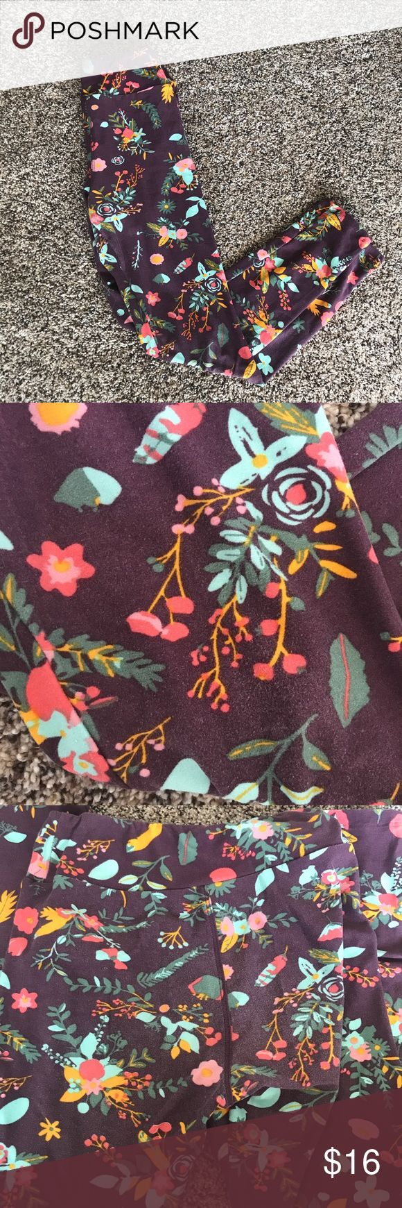 Floral Lularoe Tween Leggings Super soft leggings by the breakout brand Lularoe. They are Tween sized, and will fit a women's 00-2 (or more petite 4). These were worn a handful of times, and have some light fading on the knees and butt areas (as pictured). They were always washed to Lularoe standards. LuLaRoe Pants Leggings