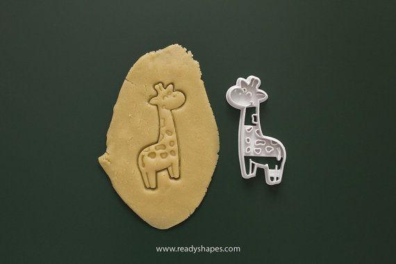 Giraffe cookie cutter