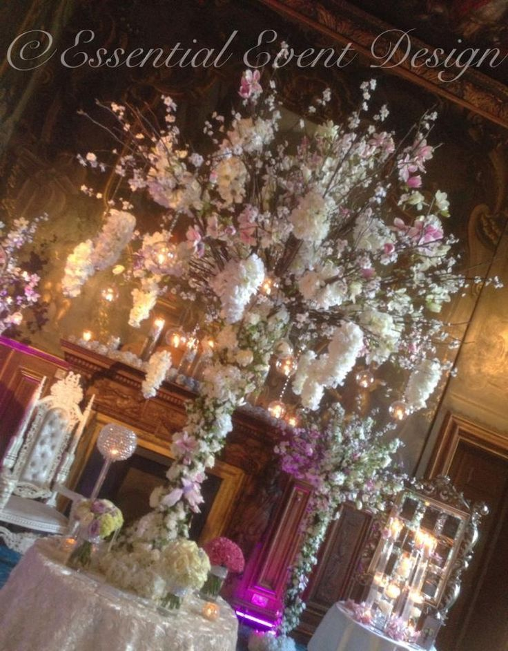 1000 ideas about candelabra flowers on pinterest for Wedding reception centrepieces