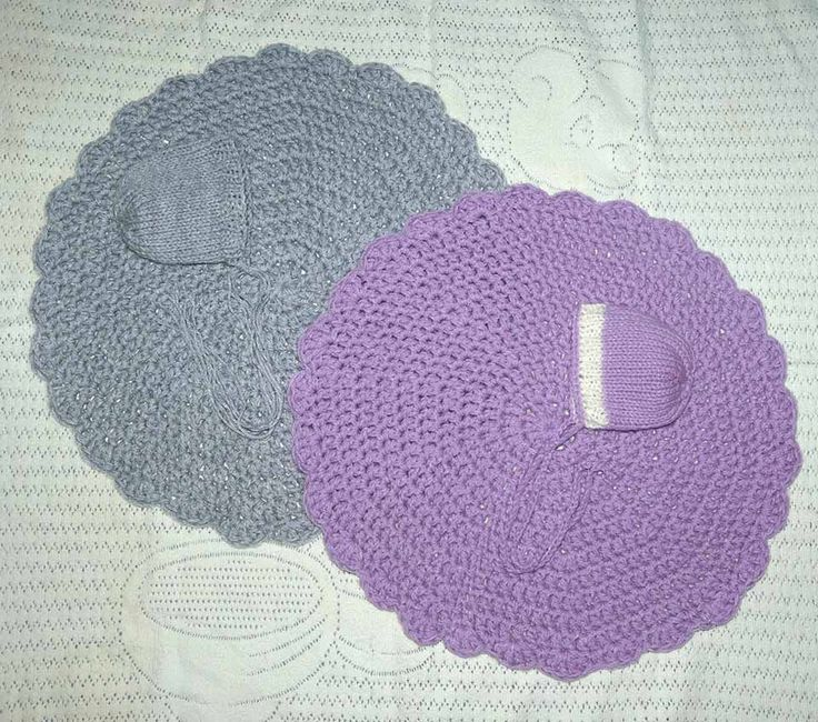 Photography Prop - base mats and matching bonnets SOLD