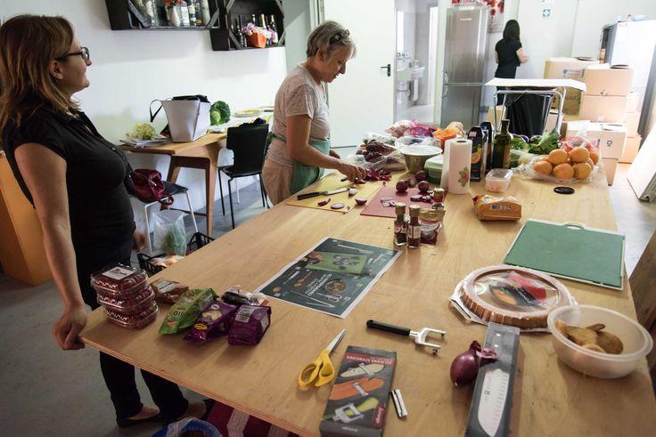Annagrazia e Laura  #guzzini #food #shooting #preparativi #homeare #design #home