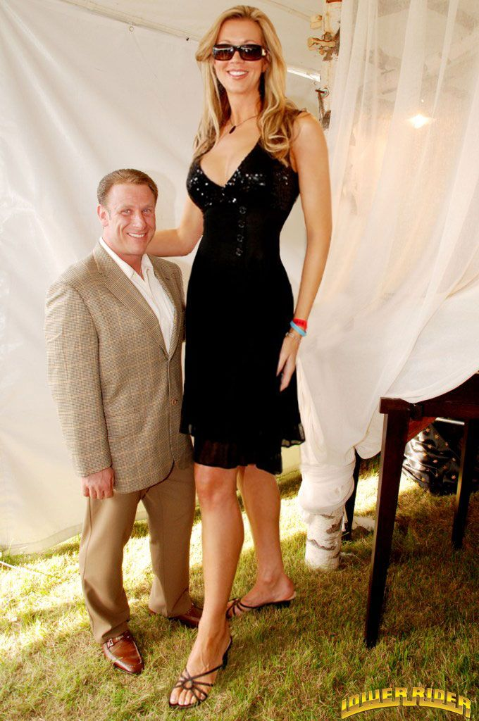 Tall Girl Small Girl Sex