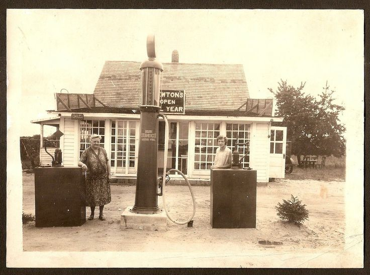 1920 s photo of a sunoco visible gas pump at newton s gas station nj ebay gas stations. Black Bedroom Furniture Sets. Home Design Ideas
