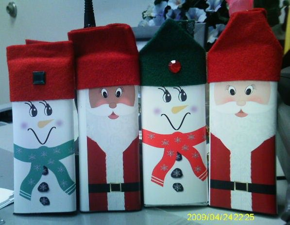 Christmas Candy Bar Wrappers by SweetDee484 on Etsy https://www.etsy.com/listing/473550273/christmas-candy-bar-wrappers