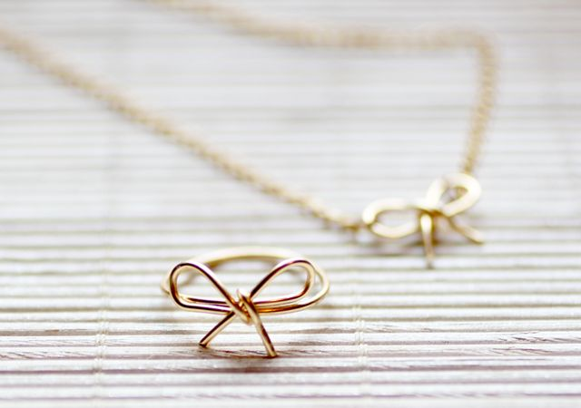 diy wire jewelry tutorials | Spy DIY: My DIY [Wire Bow Ring]