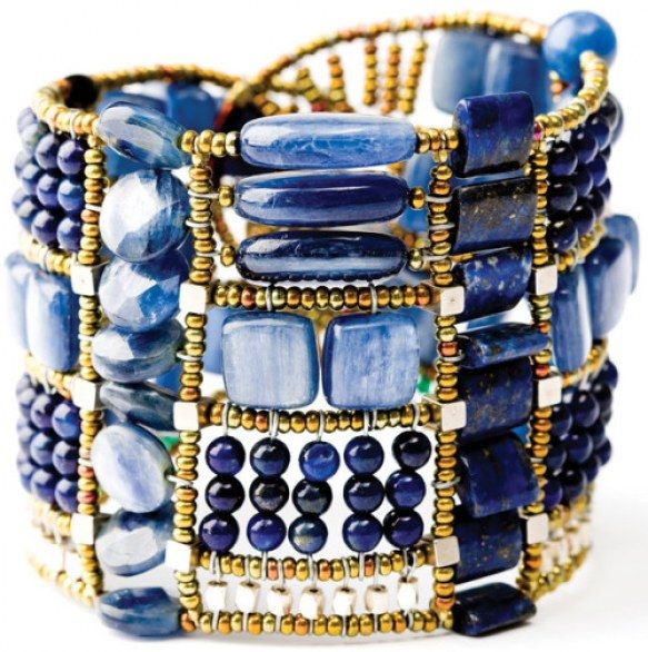 Accenni etnici ed esotici per i gioielli della collezione by Ziio, 2010