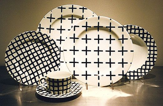 Gene Meyer tabletopMeyers Math Plates, Black And White, Gene Meyers Math, Meyers Tabletop, Kitchens Ideas, White Decor, And Or White, Black And Or, White Dishes