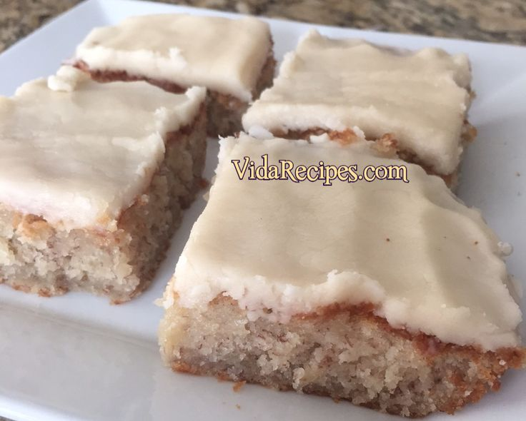 Best banana bread brownies are insanely delicious! They are to die for and always a huge hit! Almost like banana bread but more like cake.