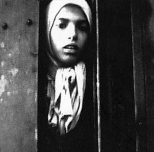 De beroemde foto van Settela Steinbach (still uit film)