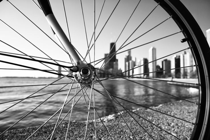 Through the spokes | Skyline views in New York City via the Windward City Cruiser | Which Solé Bicycle is your soulmate?  Find out more by clicking the link! #solebicycles #abovethebars