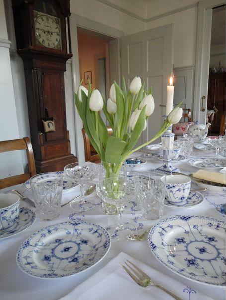 Easter Breakfast Table Setting